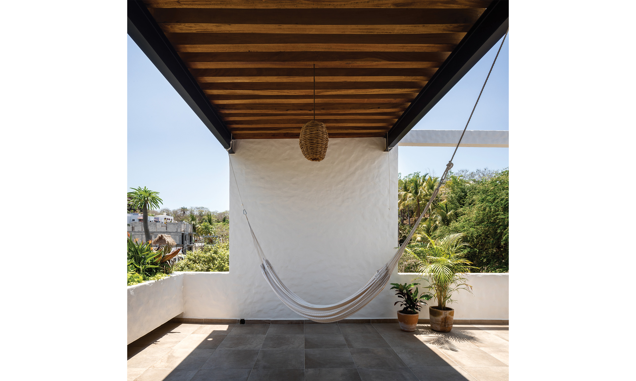 main_office_casa_galería_rafaél_gamo_1176_hammock