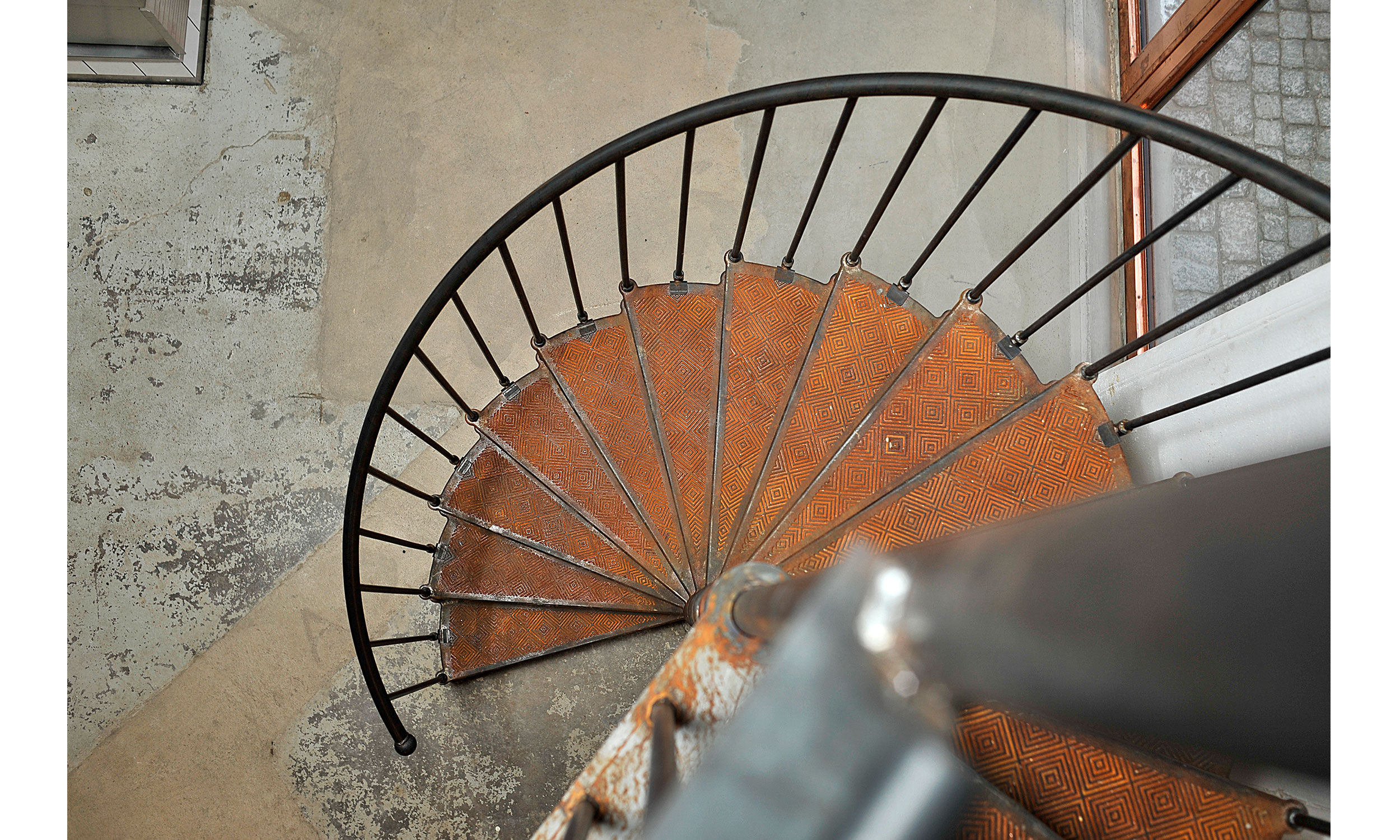 main_office_olssons_vin_dsc0948_stairs_above